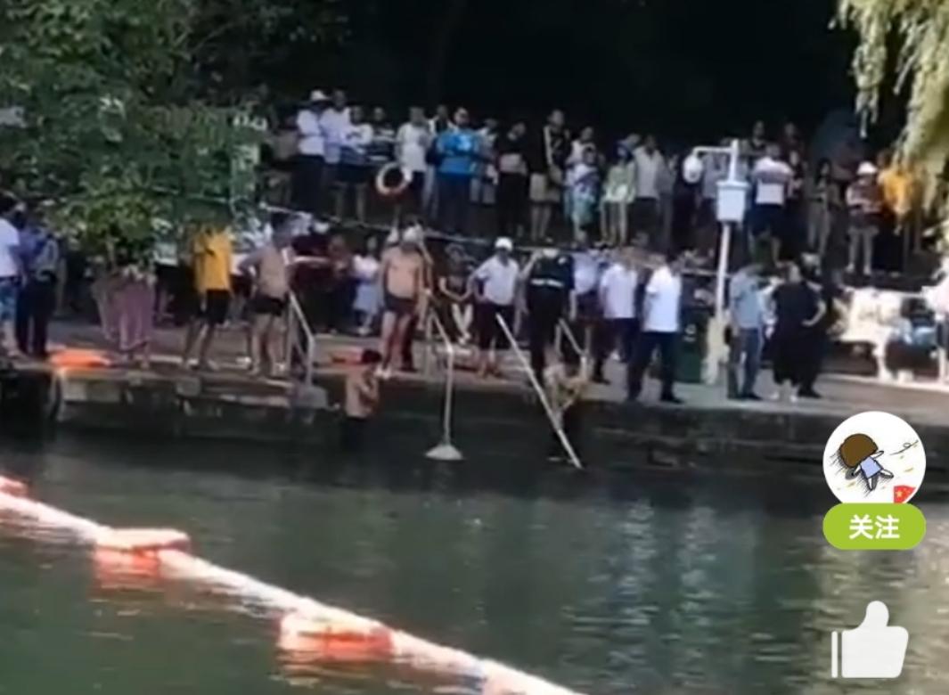 悲剧!花溪平桥有人溺水,正在紧急打捞中!